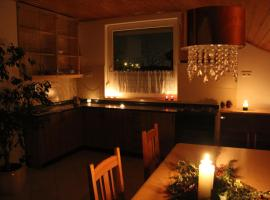Hotel Photo: Turul Apartman