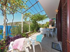 Hotel photo: Two-Bedroom Holiday home with Sea View in Razanj