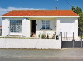 Hotel Photo: Holiday home Rue Des Paludiers
