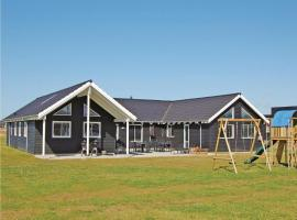 Hotel Photo: Holiday home Helledievej