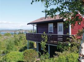 Holiday home Bakkasund Bakkasund Kalve Norway