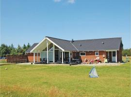Hotel Photo: Holiday home Redningsstien