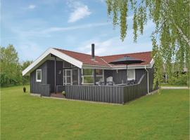 Hotel Photo: Holiday home Bomager