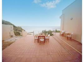 Hotel Photo: Four-Bedroom Holiday Home in Agios Amilianos Chios