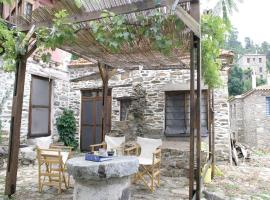 Hotel Photo: Holiday Home Parthenonas - 03