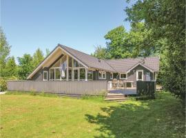 Hotel Photo: Holiday home Svalevænget Humble X
