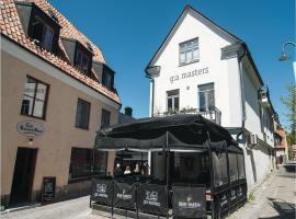 Hotel Photo: Three-Bedroom Apartment in Visby