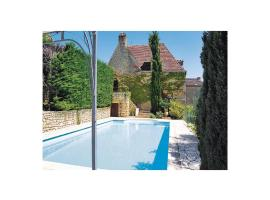Hotel Photo: Holiday Home Rue D'Esquirol