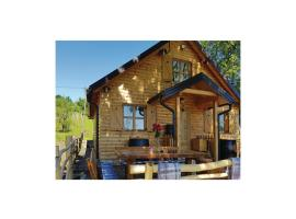 Hotel Photo: Two-Bedroom Holiday Home in Letovanic