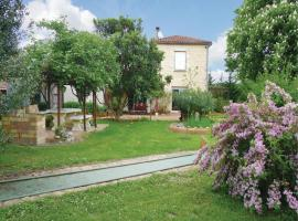 Hotel Photo: Holiday Home Les Marronniers