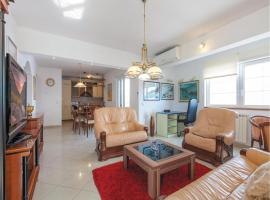 Hotel Photo: Three-Bedroom Apartment Omis with Sea View 08