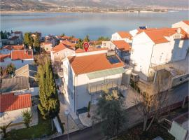Hotel Photo: Apartment Trogir with Sea View 04