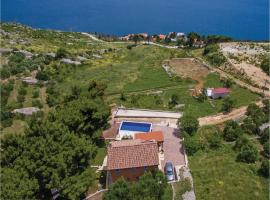 Hotel Photo: Holiday Home Lokva Rogoznica with Sea View 08