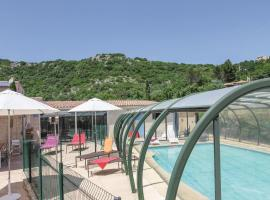 Hotel Photo: Holiday home Route d´Orange