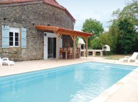 Hotel Photo: Holiday Home Les Rouges