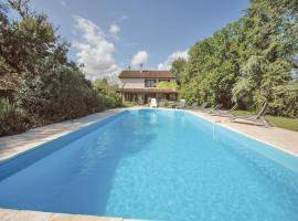 Hotel Photo: Holiday Home Rivier - 06