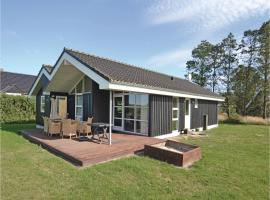 Hotel photo: Holiday home Halvrebene Hadsund I