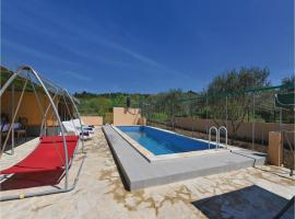 Hotel Photo: Holiday Home Dubravice I