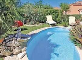 Hotel Photo: Holiday home Chemin des Capucins
