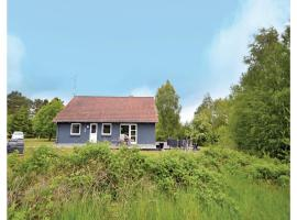 Hotel photo: Three-Bedroom Holiday home with a Fireplace in Ørsted