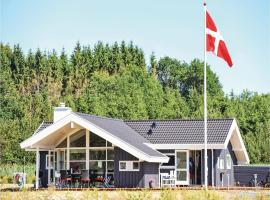 Hotel photo: Three-Bedroom Holiday Home in Ejstrupholm