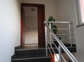 Hotel Photo: Holiday home Villa Dovbenko