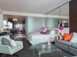 A picture of the hotel: Luxury Suites at Palms Place