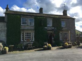 Hotel photo: The Falcon Inn