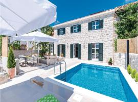 Hotel Photo: Holiday home Orasac 25