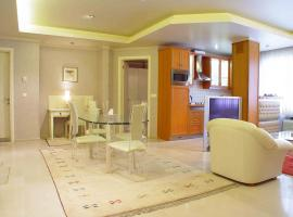 A picture of the hotel: Abtin Apartment Hotel