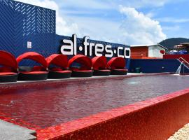 Hotel Photo: Alfresco Hotel Patong