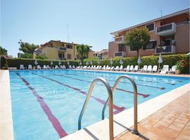 Hotel photo: Apartment Ladispoli 78 with Outdoor Swimmingpool