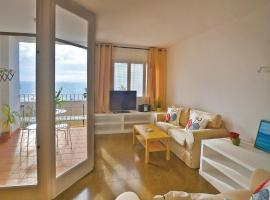 Hotel photo: Four-Bedroom Apartment Canet de Mar with Sea View 02