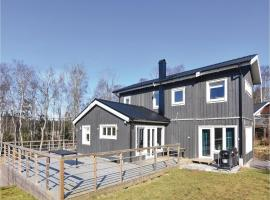 Four-Bedroom Holiday Home in Vallda Vallda Sweden