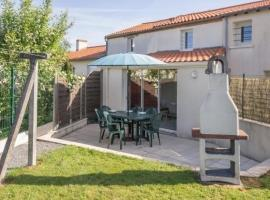 Hotel photo: House Chateau-thebaud - 3 pers, 54 m2, 2/1