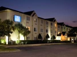 Hotel photo: Jacksonville Plaza Hotel and Suites