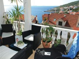 Hotel Photo: Two-Bedroom Apartment Cara with Sea View 06