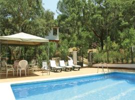 Hotel Photo: Holiday home Avda. De La Parrilla S/N