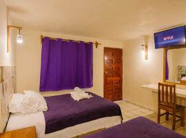 A picture of the hotel: Casa Anaya Hotel & Hostal