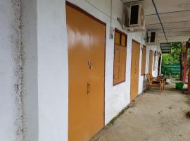 Hotel Photo: Taw Win Pan Guest House-Burmese Only