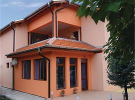 Hotel Photo: Eight-Bedroom Holiday Home in Pavel Bania