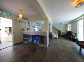 Hotel Photo: Blue Wave Cottage
