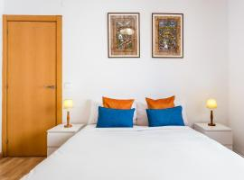 Hotel Photo: Cheerful Flat