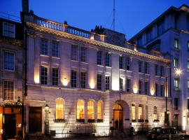 Courthouse Hotel London,