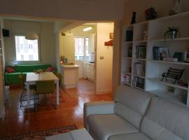 Hotel Photo: Cozy Center Apartment Tiboli