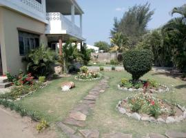 Hotel photo: Lar Feliz - Guest House.