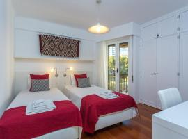 Hotel photo: Baia Cliff View II apartment