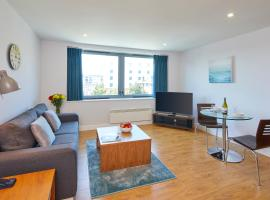 Hotel Photo: SACO Aparthotel Farnborough