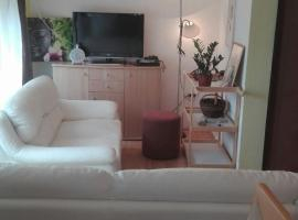 Hotel Photo: Apartman Lilly