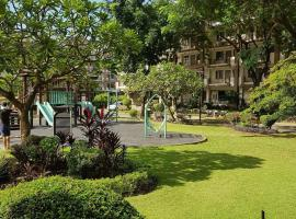 A picture of the hotel: 2 Br Condo Resort Type Acacia Taguig